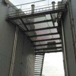 Constructions avec métal déployé et grilles